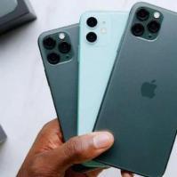 iPhone11ProMax的早期拆解显示更大的电池和更多