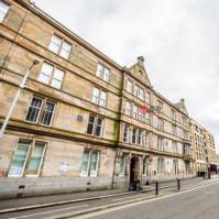 苏格兰格拉斯哥的数千名学生将获得免费的iPad